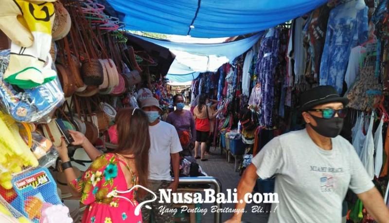 www.nusabali.com-pedagang-pernak-pernik-pantai-sanur-sudah-bisa-tersenyum