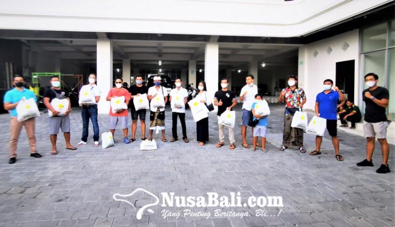 www.nusabali.com-hipmi-badung-berbagi-paket-sembako-untuk-masyarakat-terdampak-pandemi