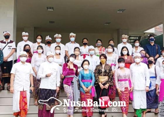 Nusabali.com - dua-kasek-perempuan-dilantik-perdiknas-denpasar