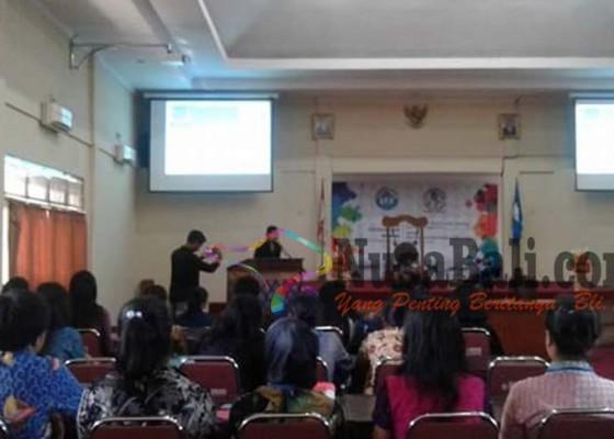 Nusabali.com - puluhan-pelajar-ikuti-simulasi-sidang-pbb