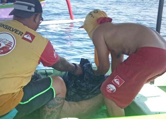 Nusabali.com - jenazah-lansia-terombang-ambing-di-laut