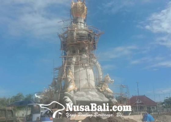 Nusabali.com - tiga-patung-menjulang-tinggi-dibangun-jadi-ikon-bali-maritime-tourism-hub