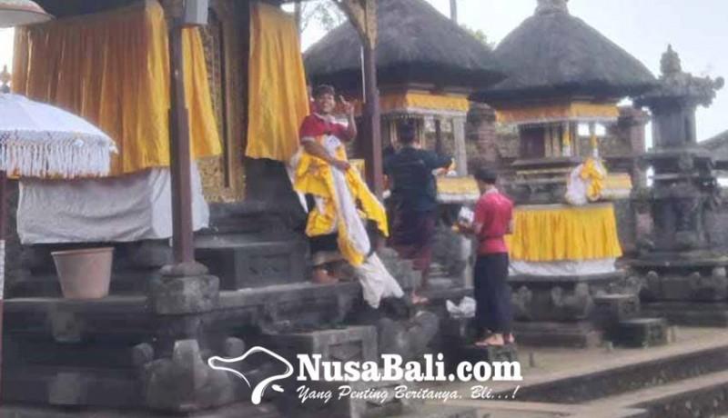 www.nusabali.com-piodalan-di-pasar-agung-langsung-nyineb