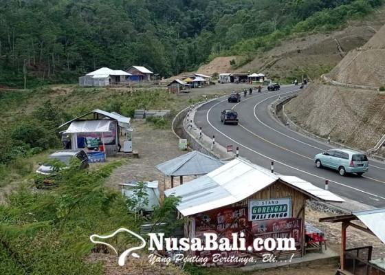 Nusabali.com - sat-pol-pp-bali-beri-waktu-dua-pekan-bagi-pedagang-untuk-bongkar-lapak