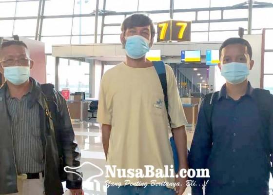 Nusabali.com - usai-dipenjara-akibat-narkoba-wna-rusia-dideportasi-imigrasi