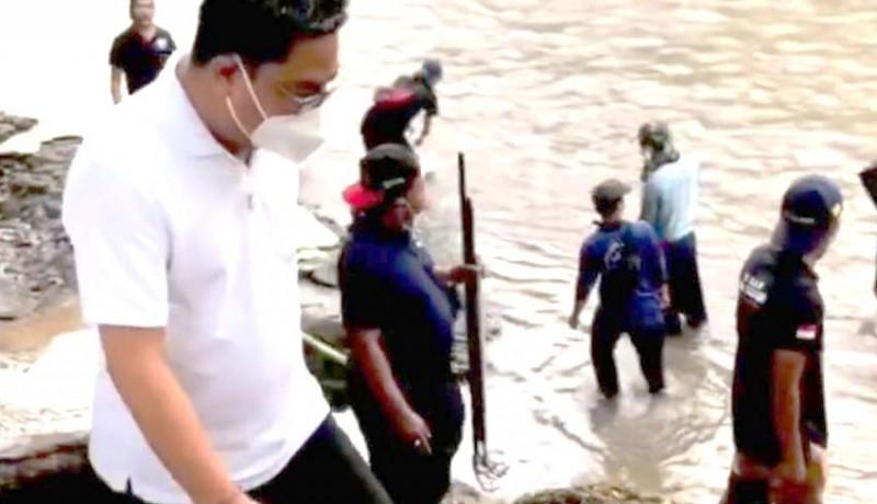 www.nusabali.com-wawali-pimpin-susur-sungai-bersihkan-tukad-ayung