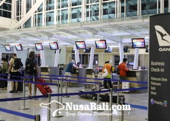 Nusabali.com - penerbangan-internasional-pertama-di-bandara-ngurah-rai-angkut-172-penumpang