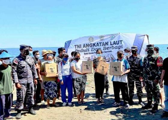 Nusabali.com - world-clean-up-day-2021tni-al-bersih-pantai