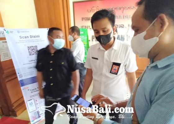 Nusabali.com - warga-banyak-yang-bingung-dan-belum-instal-aplikasi