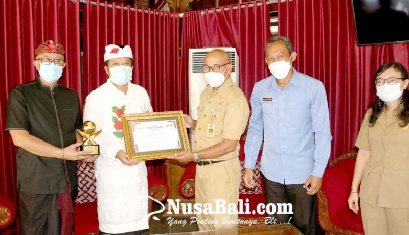 www.nusabali.com-pdam-bangli-raih-top-bumd-bintang-3