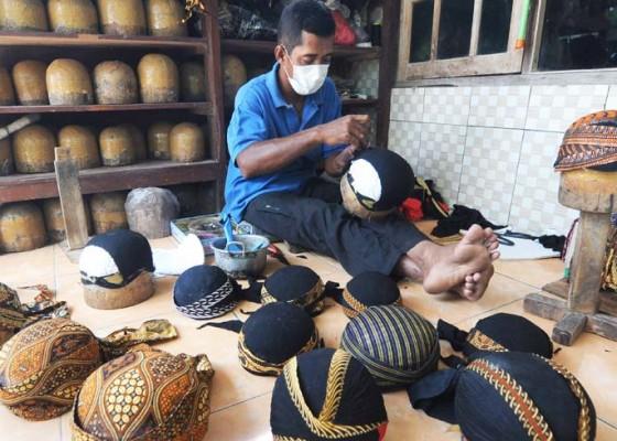 Nusabali.com - produksi-kerajinan-blangkon