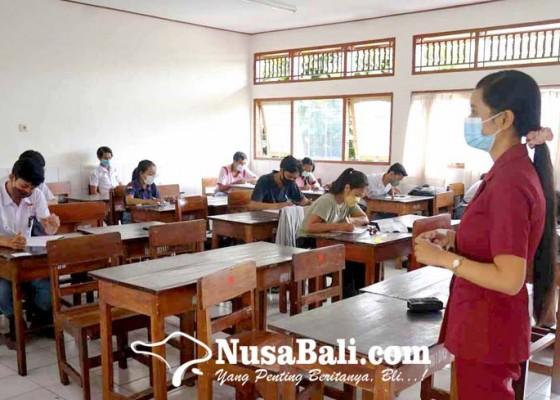Nusabali.com - internet-bermasalah-sma-pgri-belajar-tatap-muka