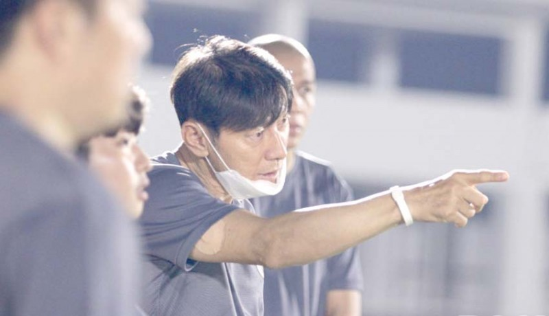 www.nusabali.com-shin-tae-yong-jawab-serangan-pelatih-asing