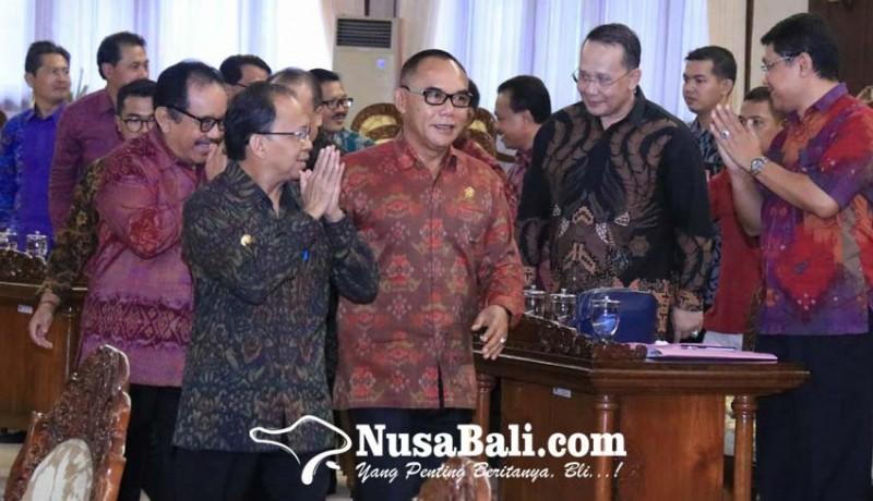 www.nusabali.com-dewan-sebut-kinerja-gubernur-koster-sudah-sangat-maksimal