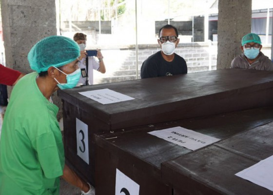 Nusabali.com - rsup-sanglah-denpasar-kremasi-25-jenazah-terlantar-sejak-tahun-2019