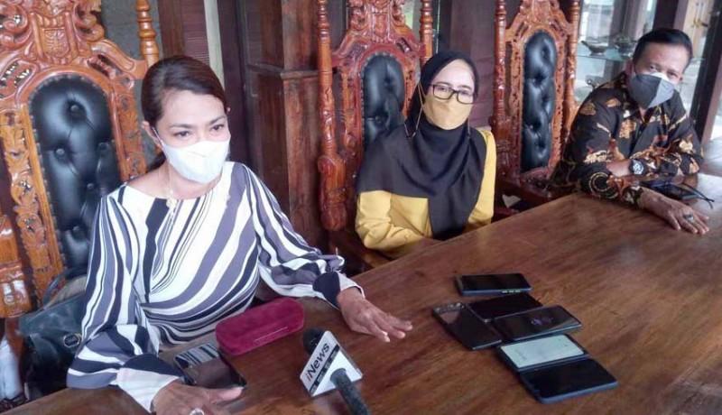 www.nusabali.com-keluarga-tetap-berharap-penangguhan-zainal-tayeb