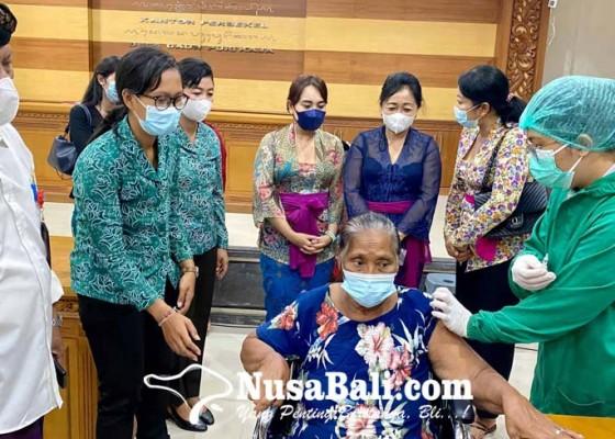 Nusabali.com - tp-pkk-denpasar-pastikan-semua-penyandang-disabilitas-divaksinasi