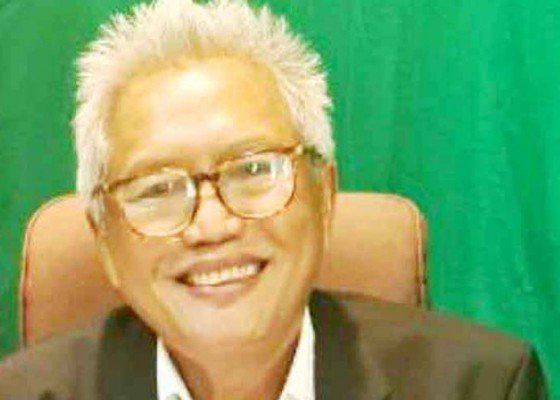Nusabali.com - pengusaha-meminta-tak-pilih-pilih