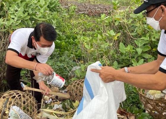 Nusabali.com - bupati-suwirta-kolaborasikan-world-clean-up-day-gema-tansaplas