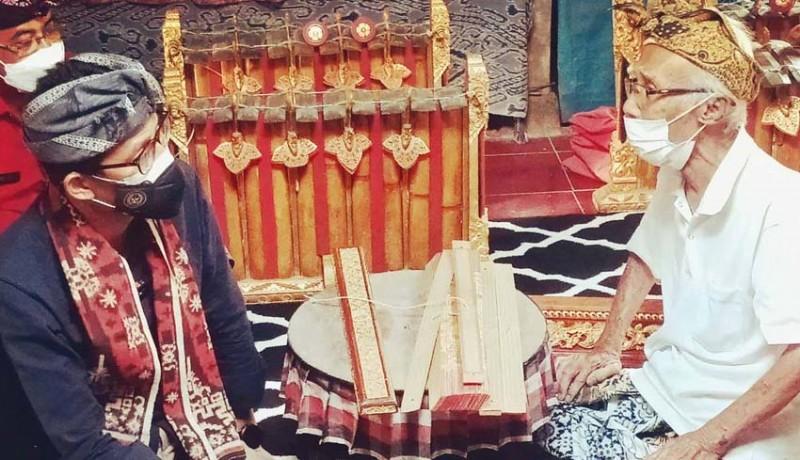 www.nusabali.com-sandiaga-uno-kagumi-semangat-berkarya-mudita-adnyana