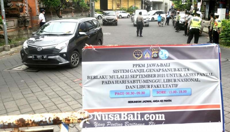 www.nusabali.com-hari-pertama-ganjil-genap-belum-ada-kendaraan-diputar-balik