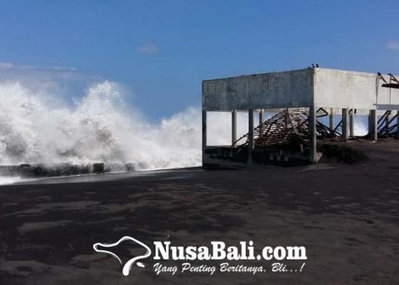 Nusabali.com - pantai-karangdadi-klungkung-abrasi-parah