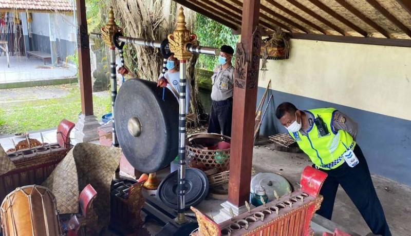 www.nusabali.com-maling-gondol-gambelan-kuno-di-suralaga