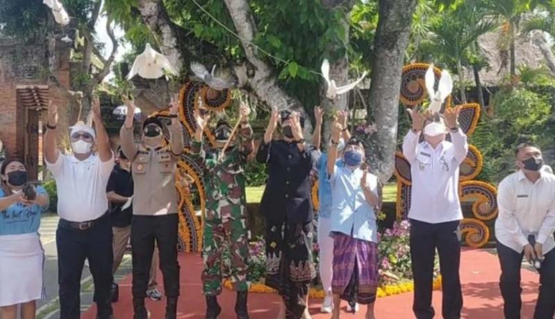 www.nusabali.com-maraton-the-last-hope-13-hari-berlari-kelilingi-bali-sambil-kumpulkan-sampah-plastik
