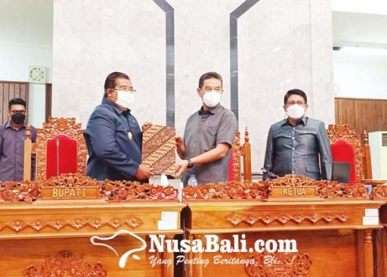 Nusabali.com - tiga-ranperda-ketok-palu