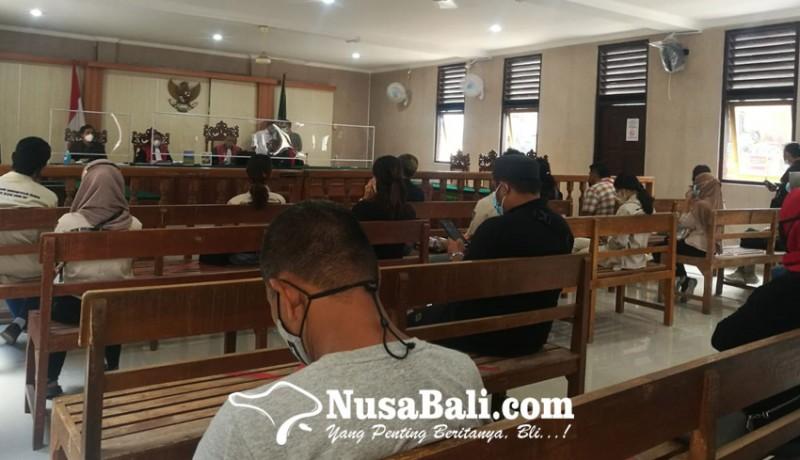 www.nusabali.com-putusan-sela-majelis-hakim-tolak-eksepsi-zainal-tayeb