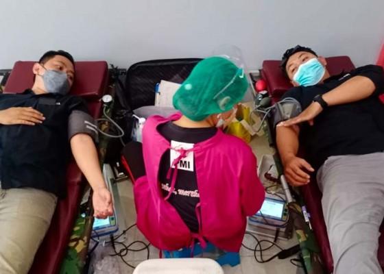 Nusabali.com - sambut-hari-bhakti-postel-ke-76th-gmedia-aktif-berikan-bantuan-hingga-donor-darah