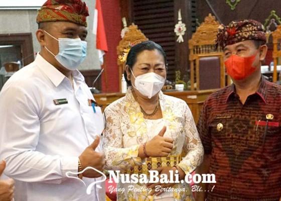 Nusabali.com - putra-mantan-bupati-jabat-wakil-ketua-dprd