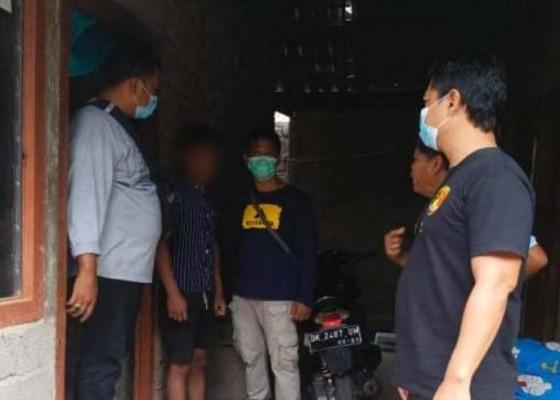 Nusabali.com - embat-sepeda-motor-polisi-bekuk-pemuda-asal-banjar-asem