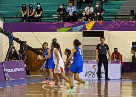 Nusabali.com - tim-basket-putri-bali-pastikan-lolos-ke-semifinal