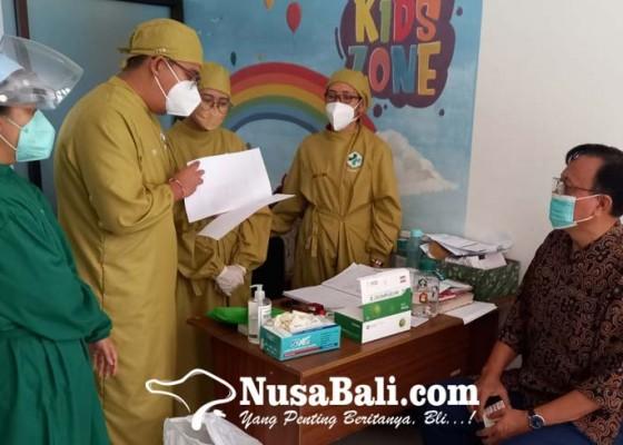 Nusabali.com - kondisi-drop-usai-diperiksa-eks-sekda-buleleng-urung-ditahan