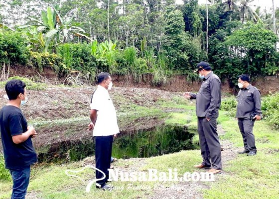 Nusabali.com - warga-keluhkan-bau-menyengat