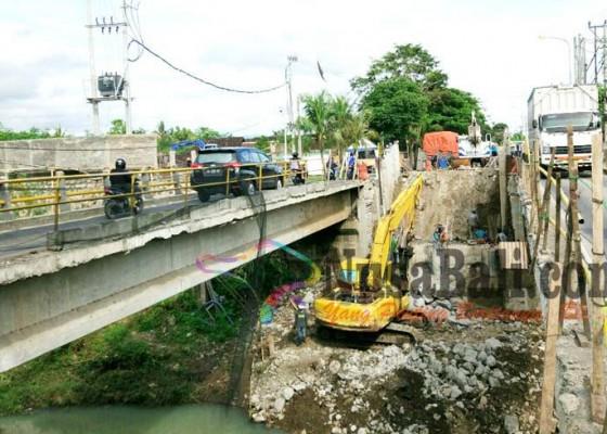 Nusabali.com - perbaikan-jembatan-tukadaya-molor