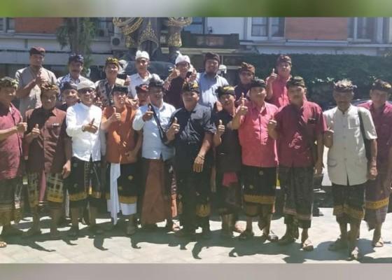 Nusabali.com - pasubayan-bendesa-pasrahkan-ke-bupati