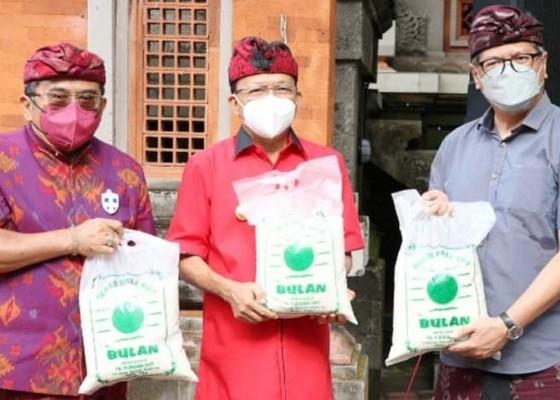 Nusabali.com - 60-ton-beras-digelontor-untuk-desa-adat-se-bali