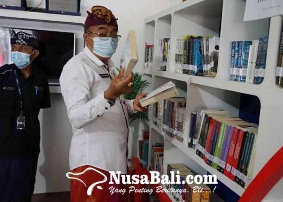 Nusabali.com - 18-bulan-ditutup-perpustakaan-kembali-buka