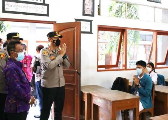 Nusabali.com - kapolres-badung-cek-penerapan-prokes-di-sman-1-mengwi