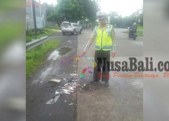 Nusabali.com - mobil-dinas-bupati-gianyar-kecelakaan