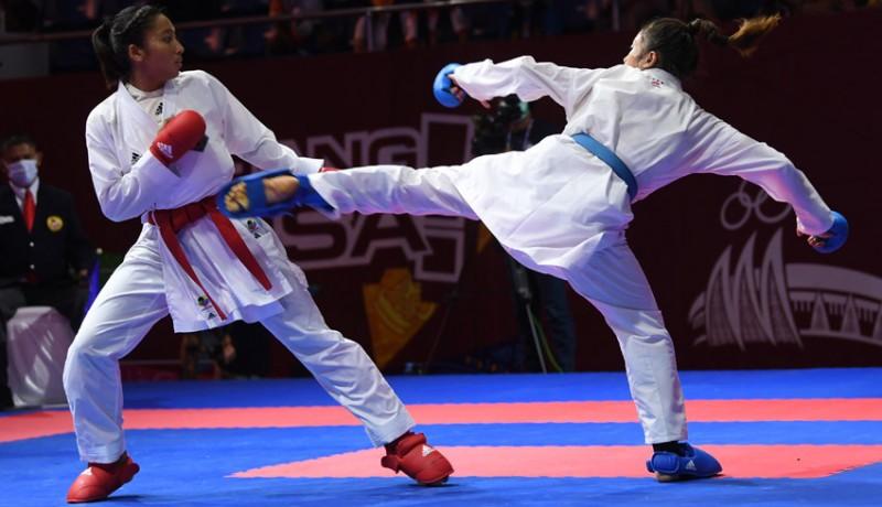 www.nusabali.com-cok-istri-agung-sanistyarani-sabet-medali-emas-kumite-55-kg
