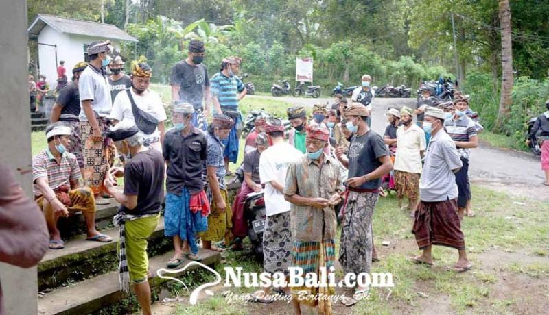 www.nusabali.com-cabut-boikot-krama-liligundi-gelar-piodalan-bersama