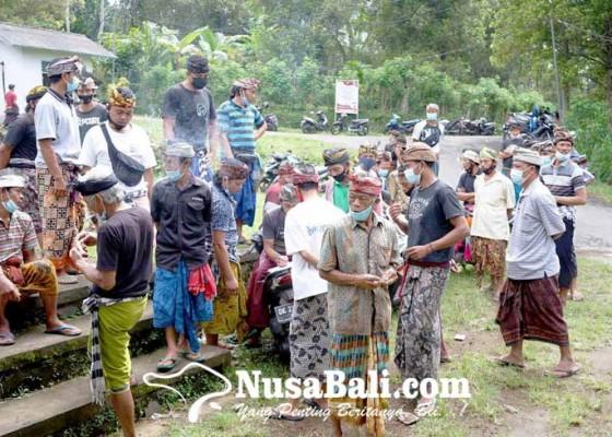 Nusabali.com - cabut-boikot-krama-liligundi-gelar-piodalan-bersama