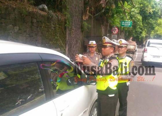 Nusabali.com - polisi-siapkan-operasi-kempes-ban