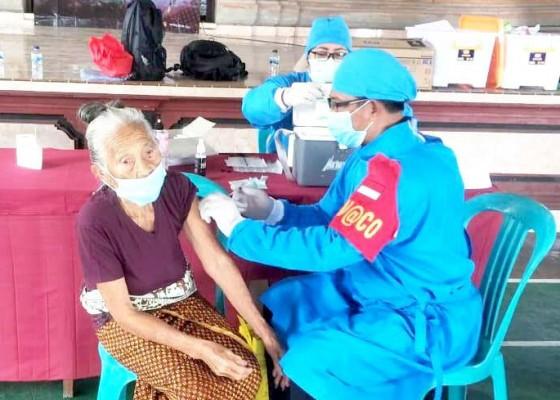 Nusabali.com - polres-tabanan-gelar-vaksinasi-di-kecamatan-tabanan