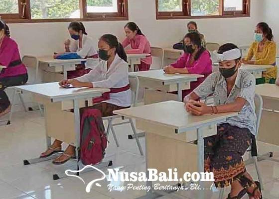 Nusabali.com - ptm-di-sman-abang-molor