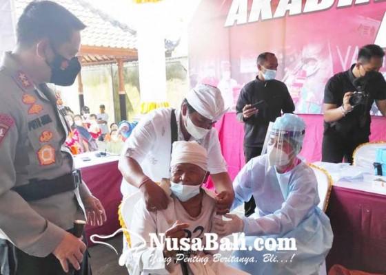 Nusabali.com - alumni-akabri-99-gelar-gerai-vaksinasi