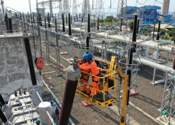 Nusabali.com - pln-pastikan-jaringan-listrik-ke-bali-tidak-terkendala-lagi